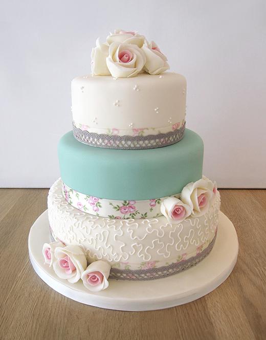 Vintage Floral Ribbon Wedding Cake