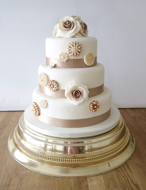 3 Tier Wedding Cake with Champagne Roses and Brooches