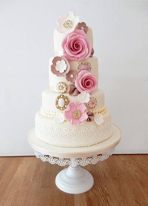 4 Tier Wedding Cake with Flowers & Brooches
