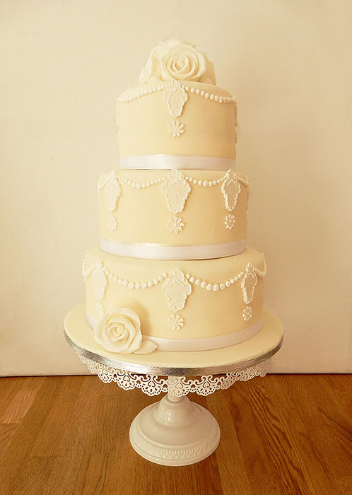 Pretty Ivory Wedding Cake