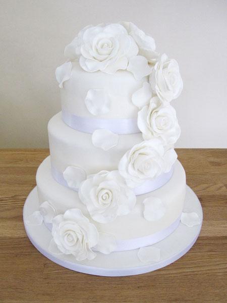 Wedding Cake Roses White Cakes The Cakery Leamington Spa
