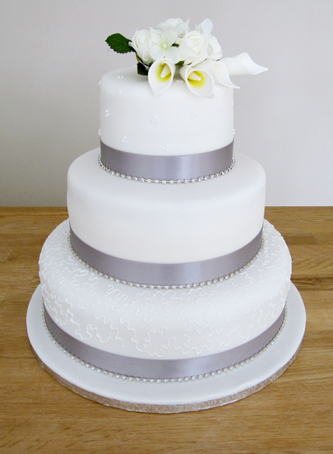 White Lily Wedding Cake