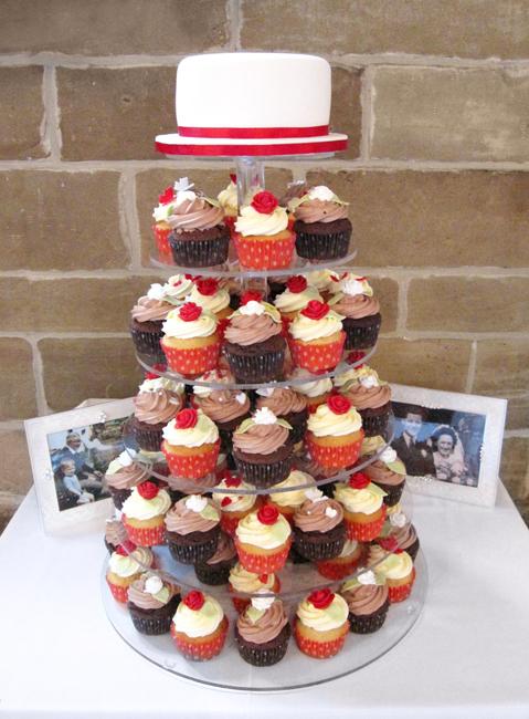 Red & Brown Cupcake Wedding