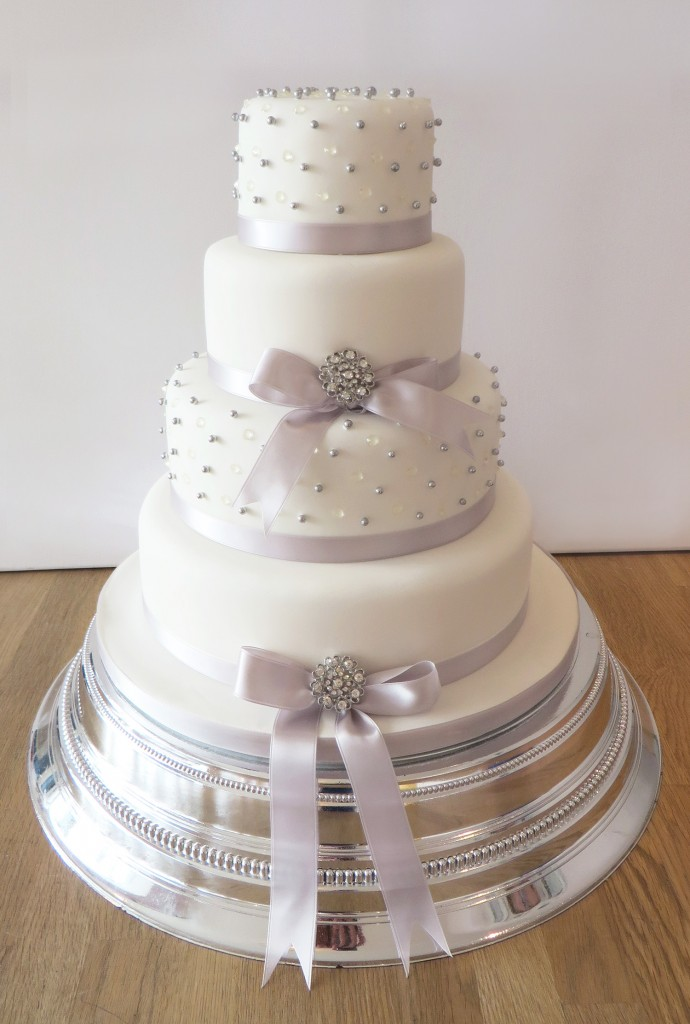 wedding cake silver ribbon wedding cakes the cakery leamington spa 24552