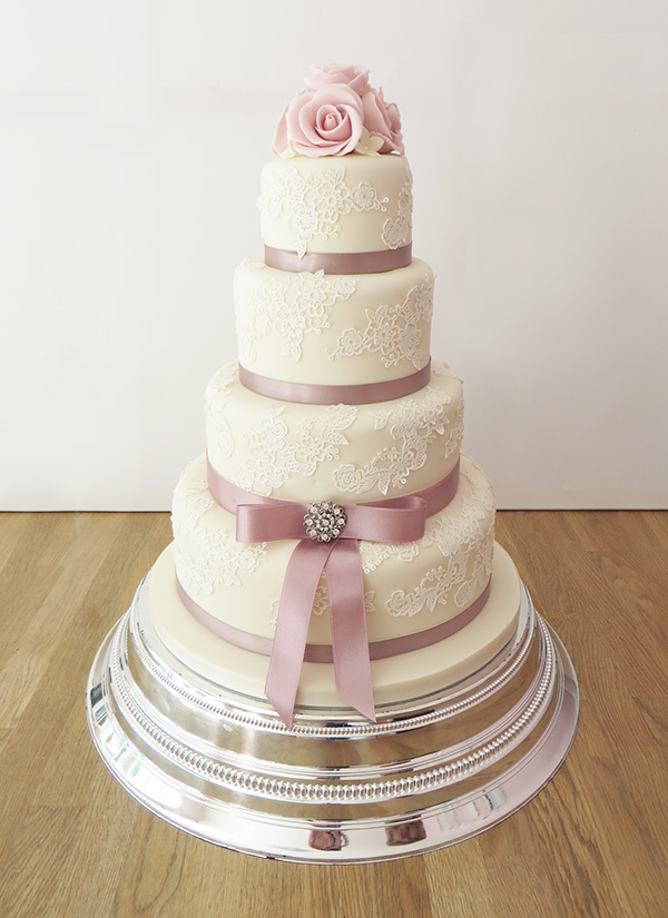 4 tier wedding cake for 200 vintage style archives the cakery leamington spa 10395