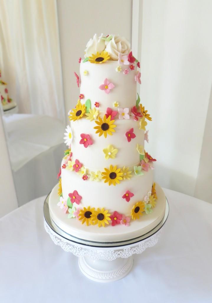 Summer Flowers Wedding Cak